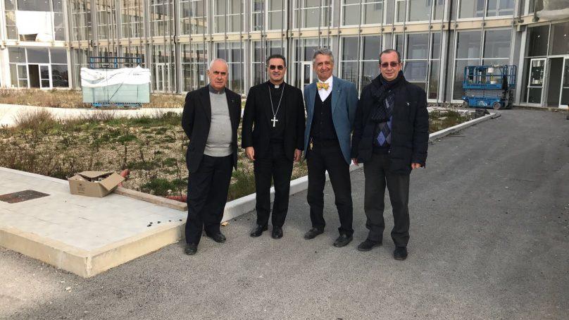 Il Vescovo Cuttitta in visita all'ASP di Ragusa