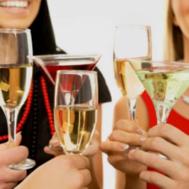 Donne più esposte ai danni da alcol