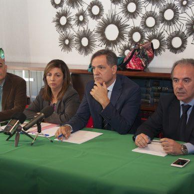 Anche la troupe di Matrix (Mediaset) alla conferenza stampa della Strano all'Ordine dei medici