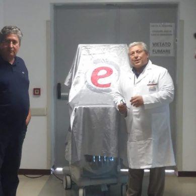 L'internista catanese Mauro Sapienza presenta il nuovo ecografo dell'Ospedale di Enna