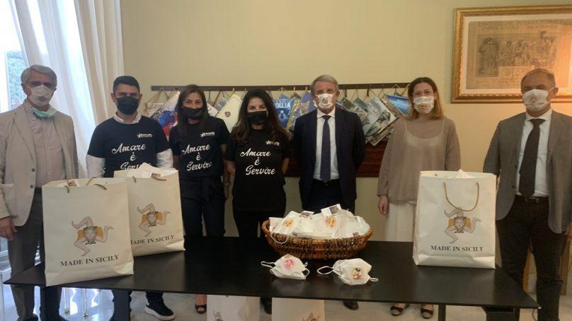 """Donate 700 mascherine alla Pediatria del """"Garibaldi"""""""