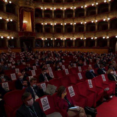 Forum sanitario internazionale al Teatro Massimo